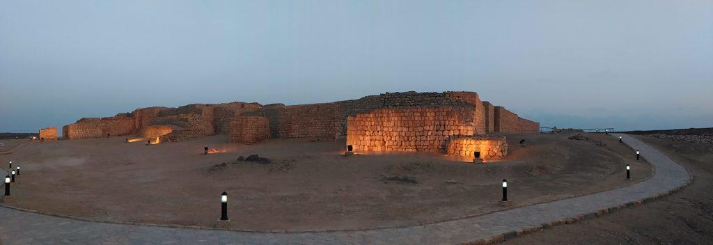 Samharam was the principal port for the export of frankincense. The thick city walls are a reminder of the past splendour. Salalah East tour.